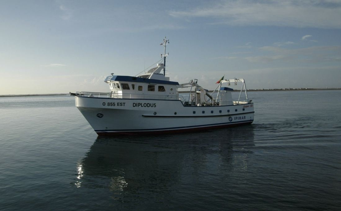 IPIMAR research vessel R/V Diplodus.